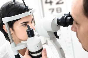 optician in harrow - eye test (2)